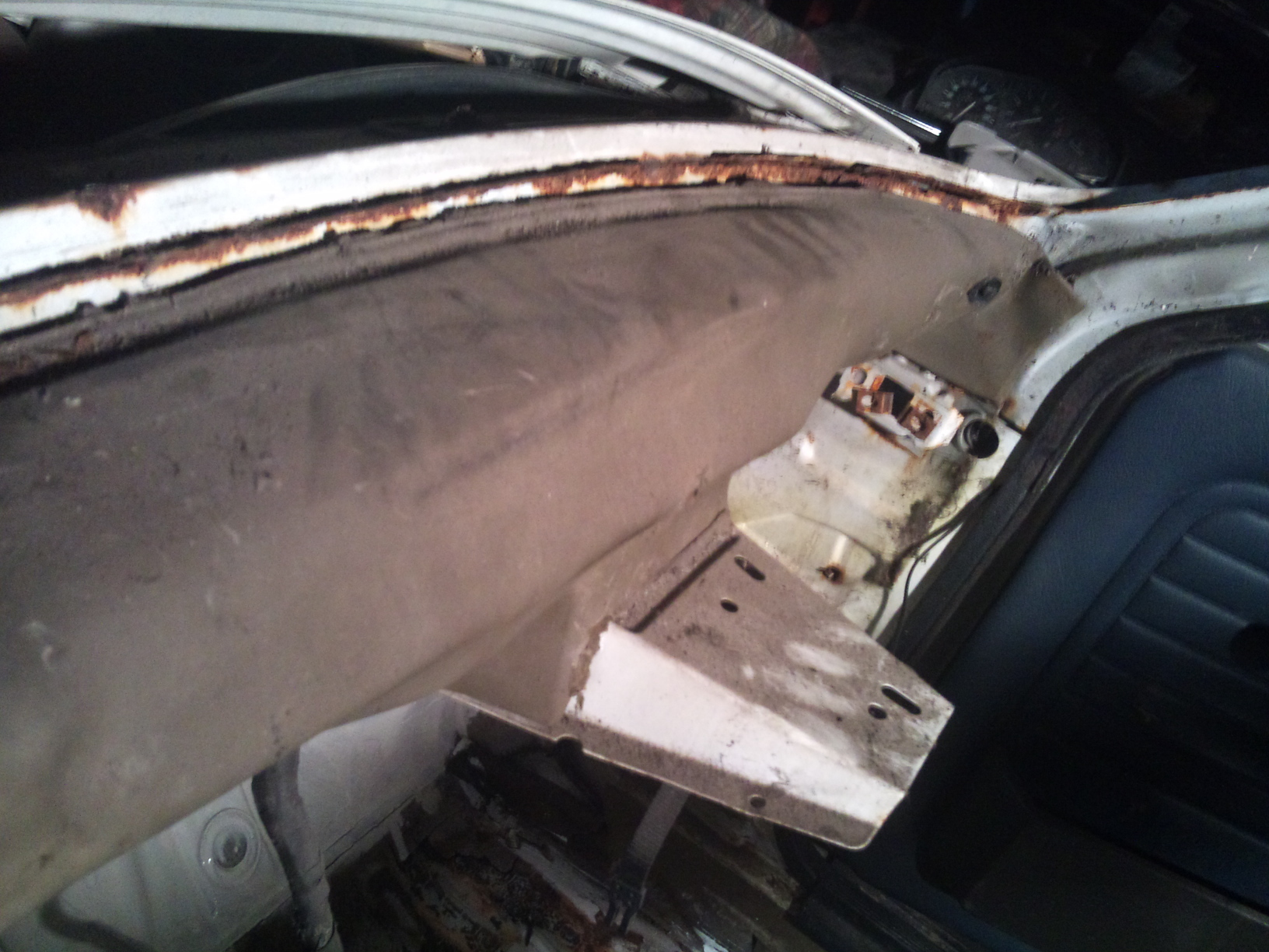Mon BMW 323i E30  BAUR 991908DSC1783