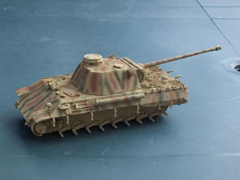 Panther Ausf D Dragon 1/35 avec Zimmerit réf. 6428 (FIN  DE PATINE , finitions lors de la  mise en place sur Dio) - Page 2 992036DSCF6351