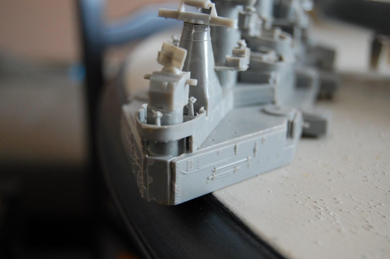 Revell USS Missouri BB-63 par EricAlain 995363Missouri8Copier
