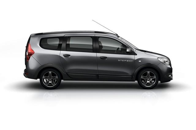 Et de quatre ! La famille Stepway s'agrandit avec Nouvelle Dacia Logan MCV Stepway 9954938735616