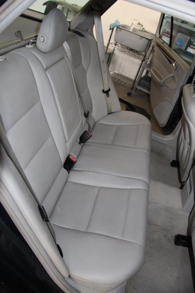 Pulizia Interni in Pelle - Mercedes C220 LETAMAIO 996616IMG1492