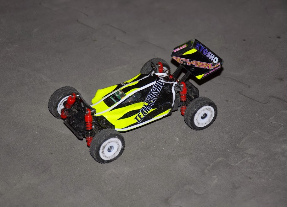 Challenge mini z buggy RC94 2013/2014 - Page 2 996880DSC0441