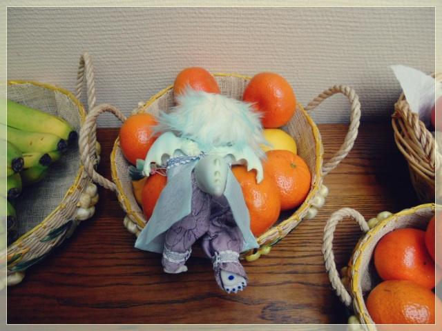 Nouvelles dolls : DimAria, LTF Ante et Lishe :) 997592Fruit4
