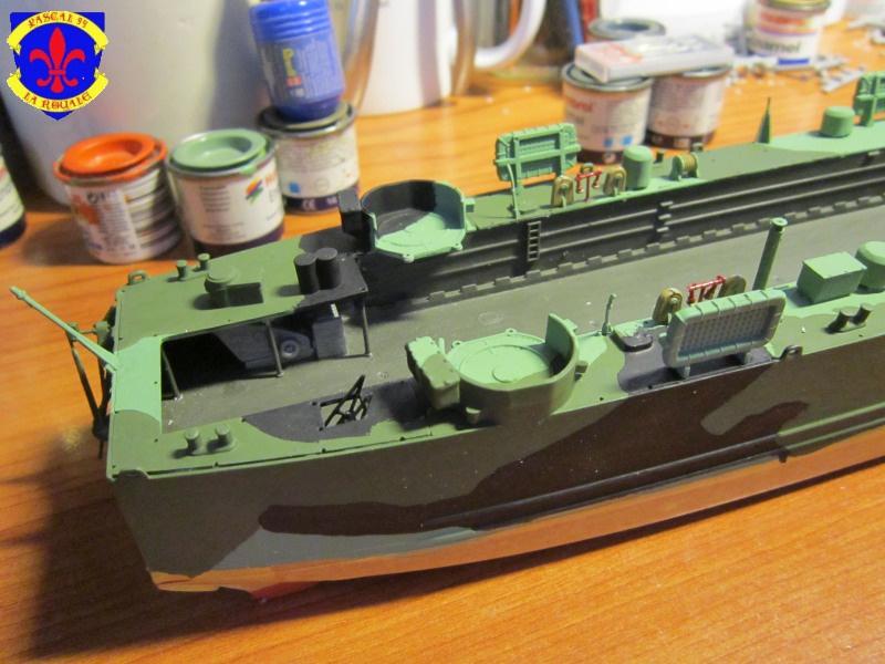 U.S. Navy Landing Ship Médium (Early) au 1/144 de Revell par Pascal 94 - Page 10 999173IMG42631