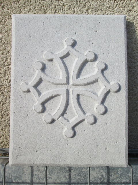 croix occitane ( Nouvel essai ) 999437012