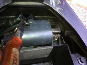 Besoin d'aide branchement relais (pour poignées chauffantes) Mini_138298IMG0226
