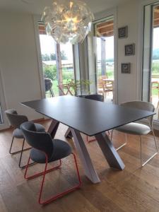 Relooking séjour : meuble TV mural, rideaux et .... Mini_20650020160829IMG3071