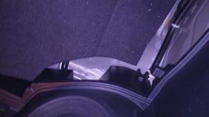 plancher de coffre qui s'affaisse Mini_371030DSC0016