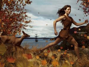 Les stars posent pour Annie Leibovitz pour les campagnes marketing Disney - Page 4 Mini_377297Pocahontas