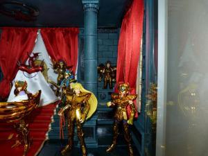 [Sanctuaire] la salle du grand pope Mini_397343P1040134