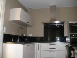 Aide pour choix de couleur peinture des murs de cuisine Mini_403311IMGP4269