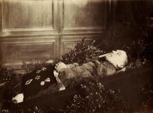 Montrer la mort ou la cacher? - photographies funéraires - Page 3 Mini_413239HansSchmidtPM