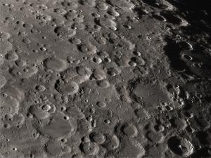 petit survol lunaire Mini_476608dmk310018registaxv2retail