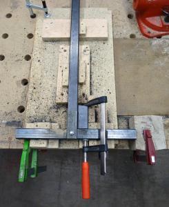 Un rack à panneaux et petits bois Mini_522807DSC00165c1s