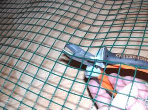 Petit tuto pour faire tenir des pots sur un lit de billes d'argile Mini_534351tutobille13