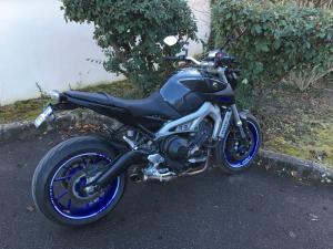 Photos de toutes les Yamaha MT-09 du forum ! :) - Page 24 Mini_557306IMG1047