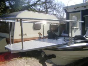 Comment améliorer la stabilité d'une barque ? Mini_588129027