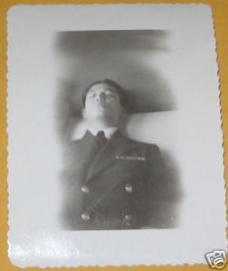 Montrer la mort ou la cacher? - photographies funéraires - Page 2 Mini_6051184f561