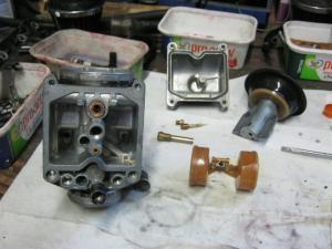 restauration d'un 900/1100 ZR godier genoud - Page 2 Mini_612295048