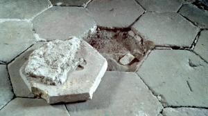 Création plancher dans grenier (bacula, terre batue) Mini_64531920140319133620358