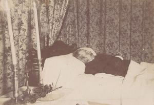 Montrer la mort ou la cacher? - photographies funéraires - Page 3 Mini_706599g18252