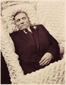 Montrer la mort ou la cacher? - photographies funéraires - Page 3 Mini_711923OmahaManPM