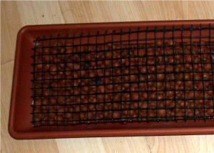 Petit tuto pour faire tenir des pots sur un lit de billes d'argile Mini_718348tutobille21