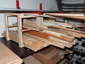 Un rack à panneaux et petits bois Mini_743355DSC00418c1s