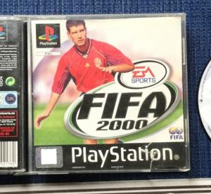 "Jeux ""multi-version"" black label PS1 Mini_760594FIFA20005"