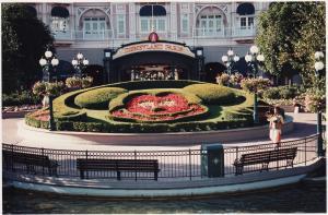 Vos vieilles photos du Resort - Page 15 Mini_766474X54
