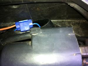 Besoin d'aide branchement relais (pour poignées chauffantes) Mini_768382IMG0227
