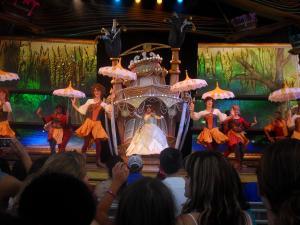 Disneyland Resort: Trip Report détaillé (juin 2013) - Page 2 Mini_846245EEEEEEEEEEEEEEEEEEEEEEEE
