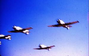 de quels avions s'agit-il Mini_9048091Bouhamama1959