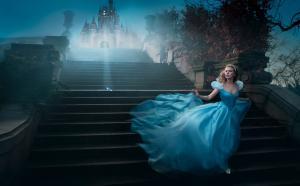 Les stars posent pour Annie Leibovitz pour les campagnes marketing Disney - Page 4 Mini_927970Cendrillon