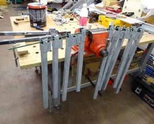 Un rack à panneaux et petits bois Mini_928956DSC00243c1s