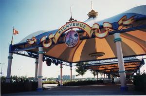 Vos vieilles photos du Resort - Page 15 Mini_941085X53