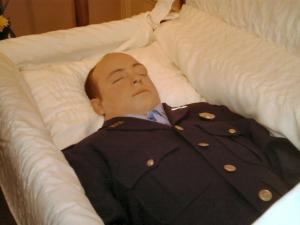 Montrer la mort ou la cacher? - photographies funéraires - Page 2 Mini_958888randy22