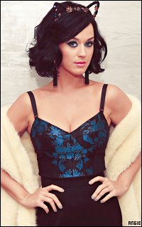 Ma petite galerie des horreurs - Page 11 114870KatyPerry7
