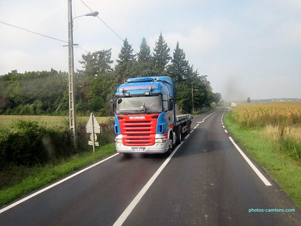 Transports Montbrisonnais (Saint Romain le Puy, 42) 11676106IX20124Copier