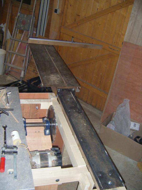 Fabrication d'une scie sur table - Page 2 118925DSCF8701