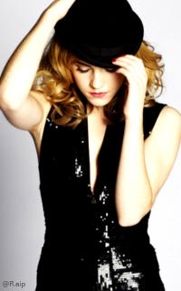 Emma Watson avatars 200x320 pixels - Page 2 119384EmmaWatson6