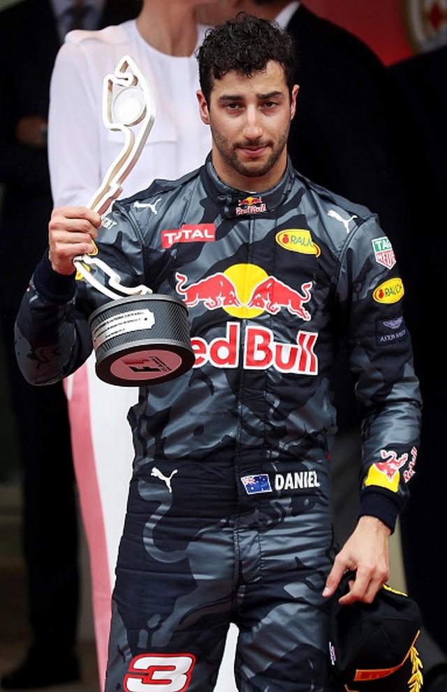 F1 GP de Monaco 2016 : Victoire de Lewis Hamilton 1204752016DanielRicciardo