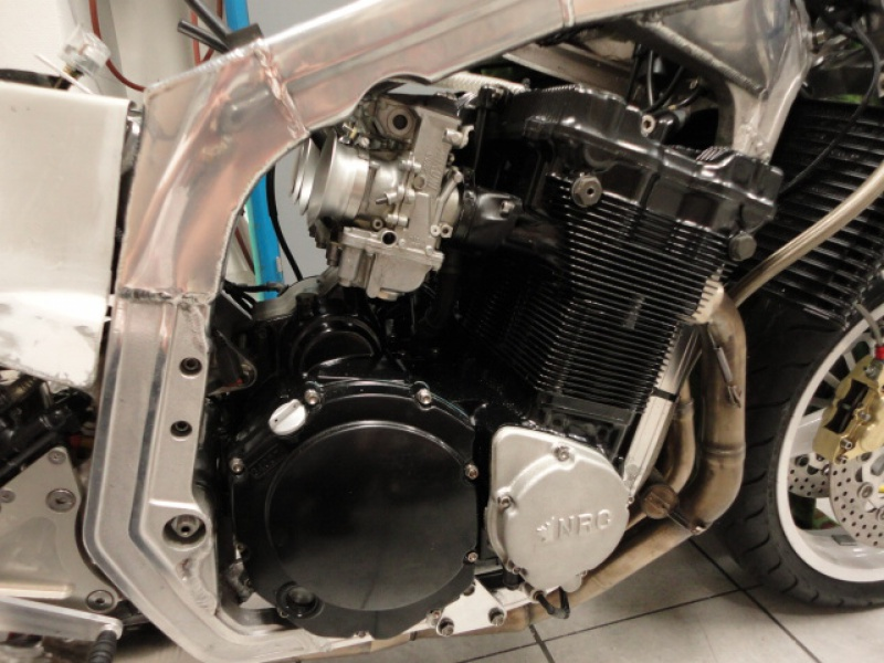 GSXR 750 Harris/TT F1 1986 120678DSC00027