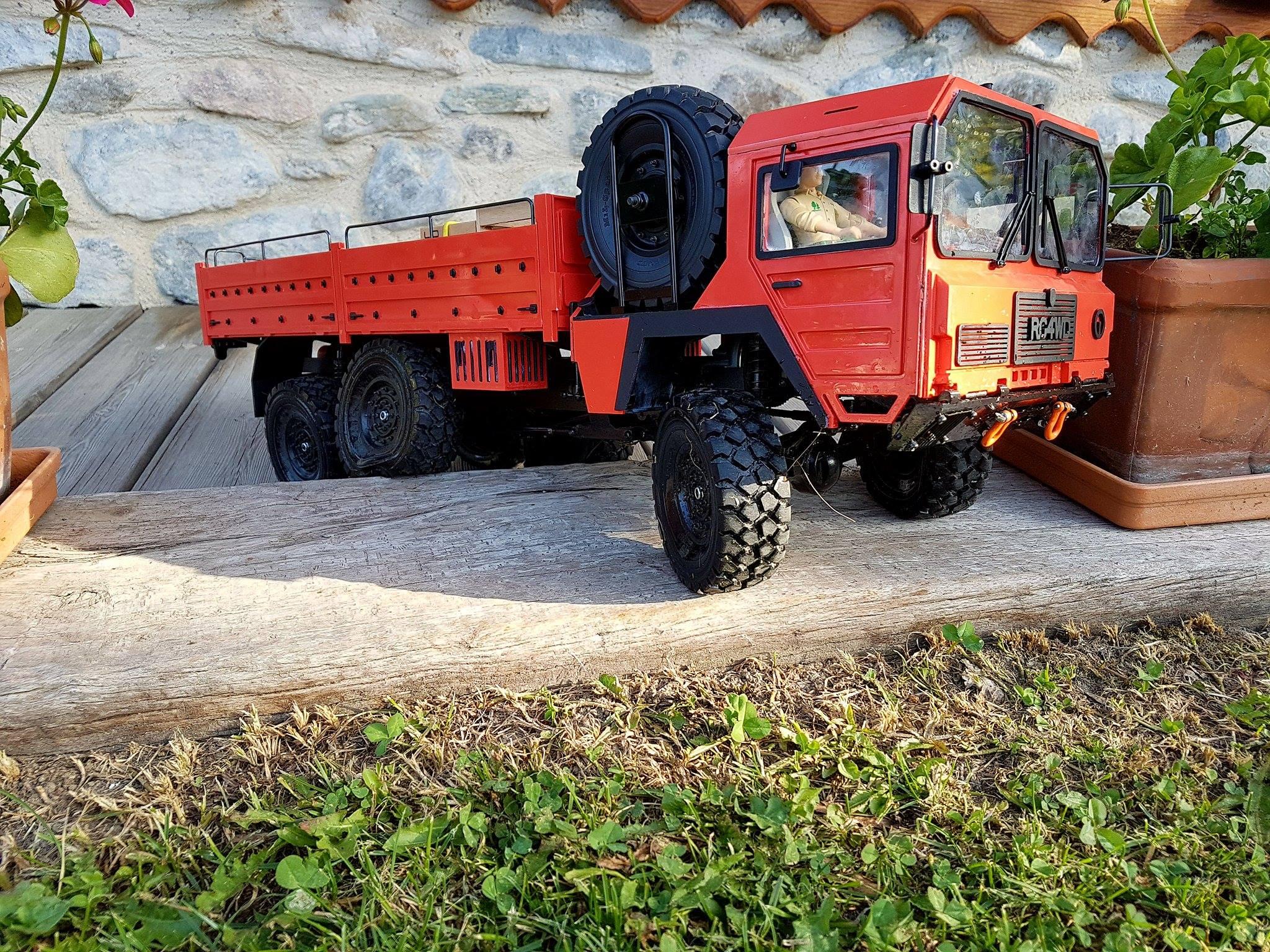 Beast II 6x6 Z-K0052 RC4WD : je me lance !  1225642022656813317079936144071910641032o