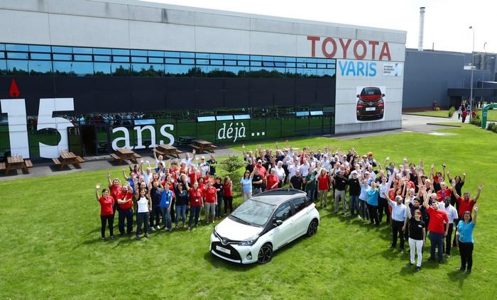 Le site de production de Toyota à Valenciennes vient de franchir le cap des 3 000 000 de Yaris 123137YARIS3000000Ext