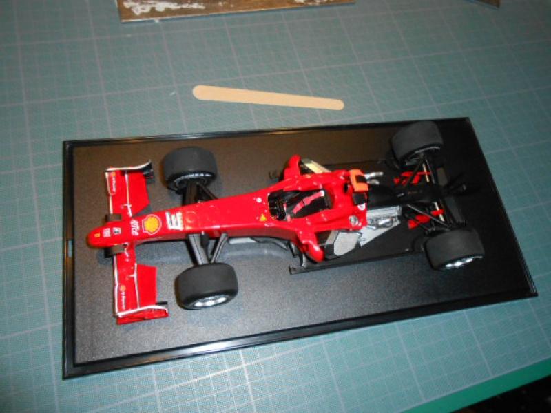 Ferrari  F60  de Tamiya au 1/20° 124757f60003