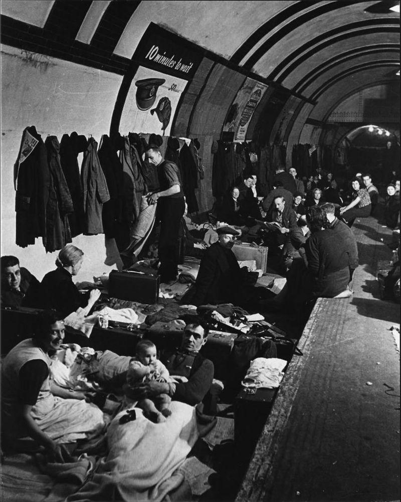 LFC : 16 Juin 1940, un autre destin pour la France (Inspiré de la FTL) 126287BlitzWestEndAirShelter