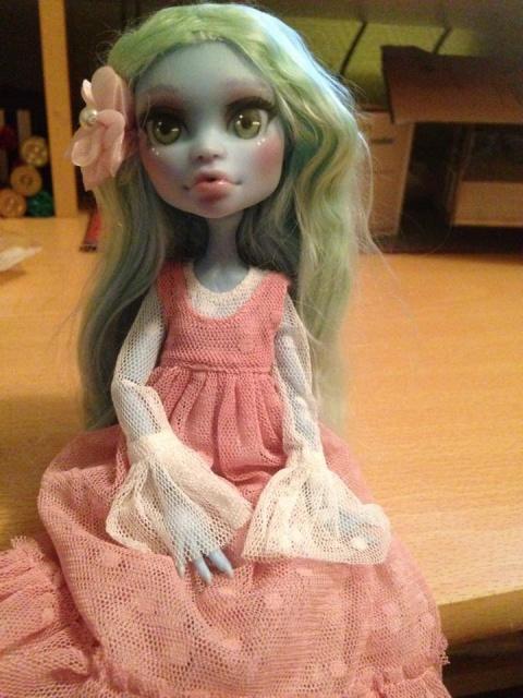 Mes dolls ^_^ 126970mandy1