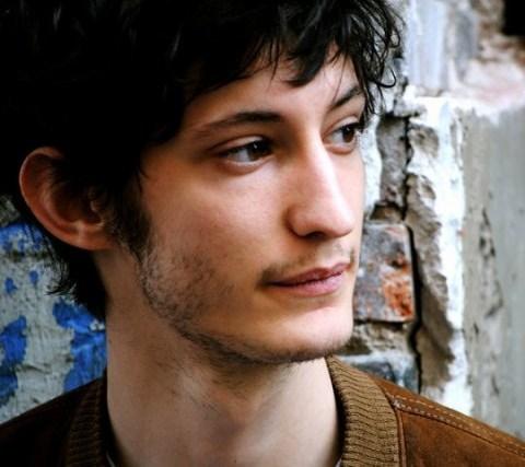 Pierre Niney, ce jeune acteur français qui a de beaux jours devant lui ! 129967pierrenineybis