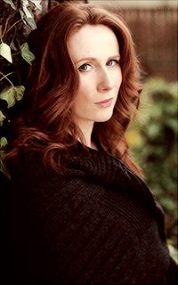 Catherine Tate avatars 200x320 pixels - Page 2 130565Deborah2